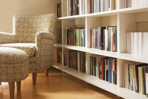 5 simple steps to design a perfect home library